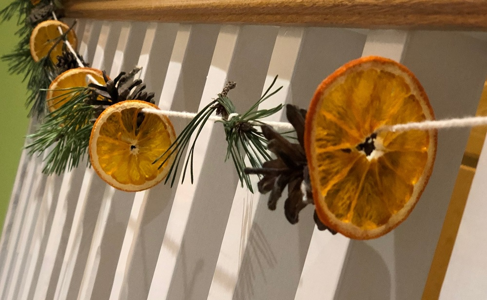 christmas-decorations-oranges